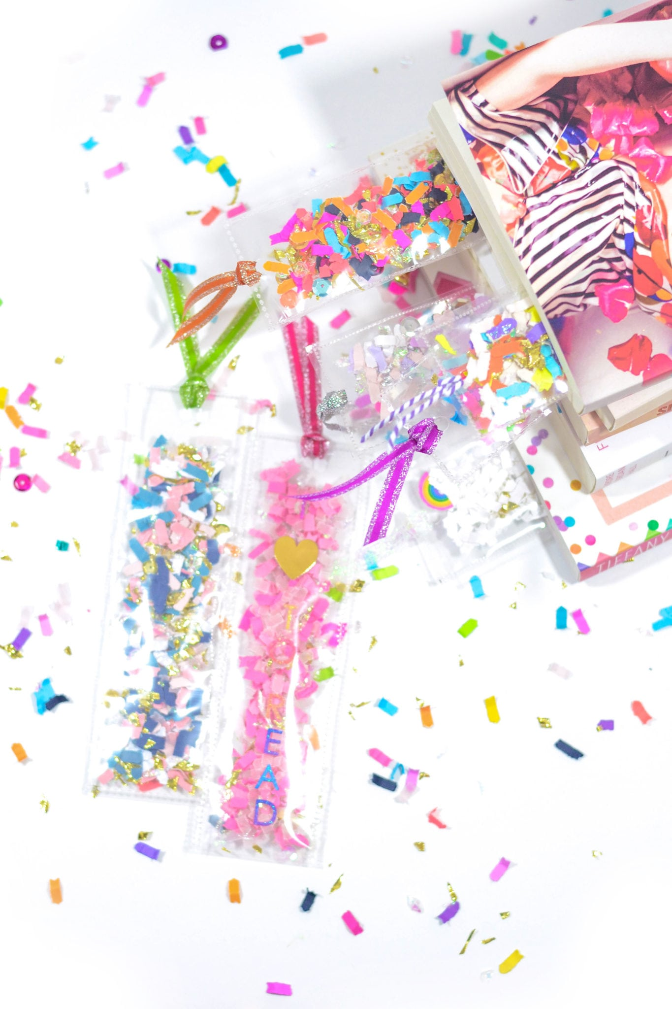 DIY Confetti Shaker Bookmarks by The Confetti Bar