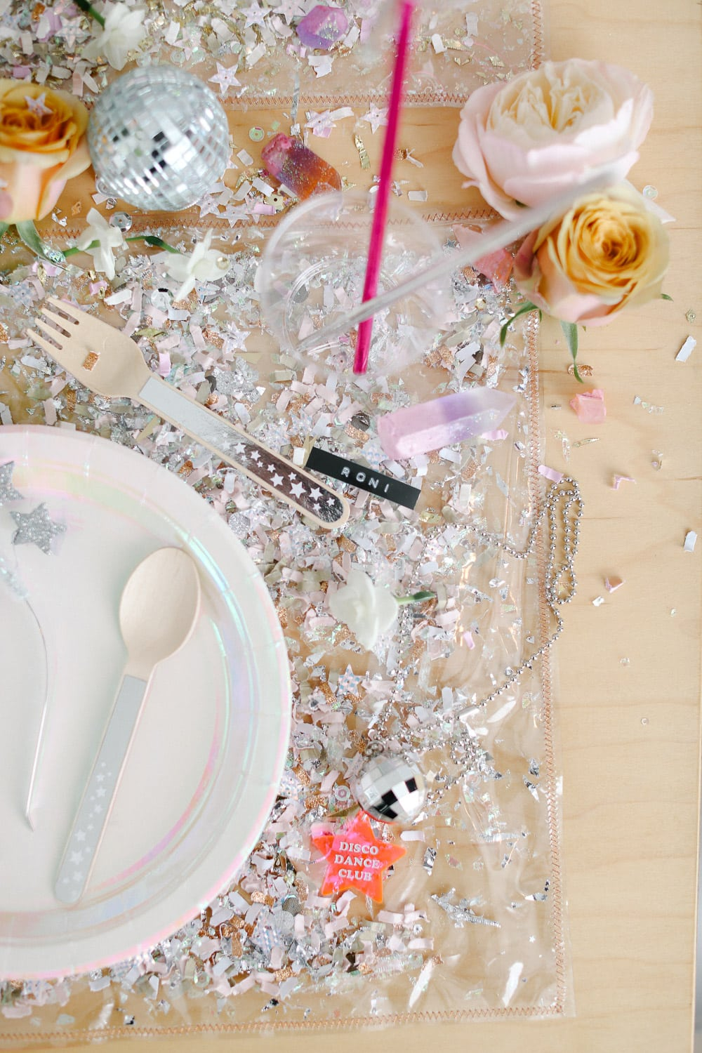 DIY Confetti Placemats {Photo by Julie Cahill Photography}